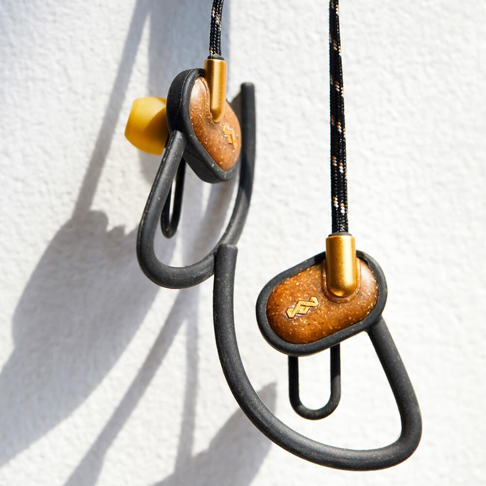 Audífonos Bluetooth UpRise BT brass de The House of Marley